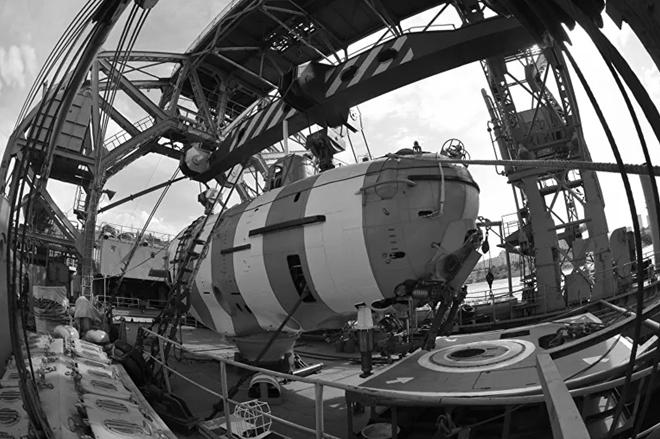Chuyện kỳ lạ về con tàu cứu hộ 108 tuổi trong hạm đội Nga - Ảnh 2.