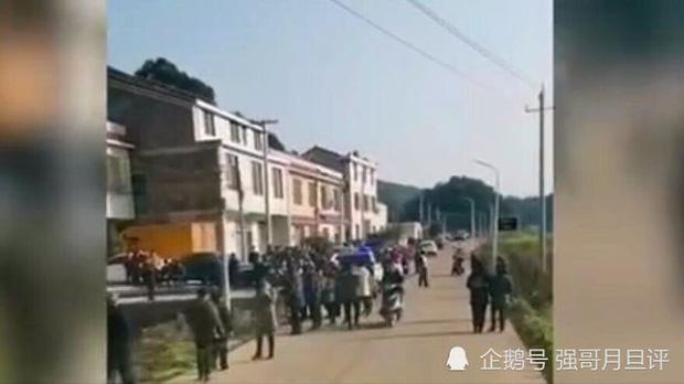 Thảm án chấn động Trung Quốc đầu Năm mới: 4 người trong gia đình tử vong, 2 người con thoát chết, nghi trả thù vì bị cắm sừng - Ảnh 1.