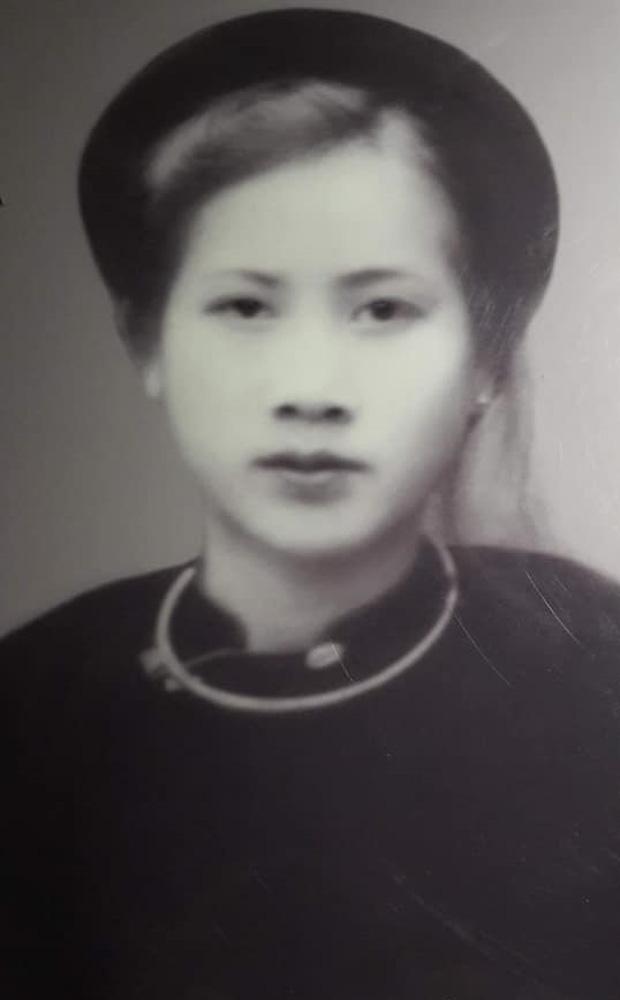 Cụ bà 100 tuổi ở Hà Nội gây sốt bởi nhan sắc xinh đẹp thời trẻ: Cụ vẫn minh mẫn, nhớ vanh vách tên tuổi con cháu - Ảnh 1.