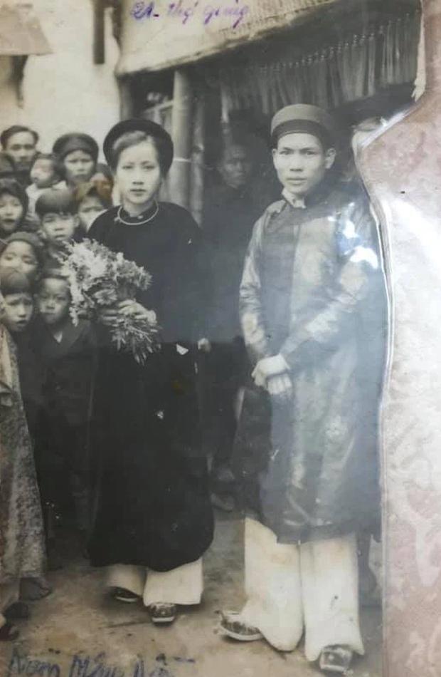 Cụ bà 100 tuổi ở Hà Nội gây sốt bởi nhan sắc xinh đẹp thời trẻ: Cụ vẫn minh mẫn, nhớ vanh vách tên tuổi con cháu - Ảnh 2.