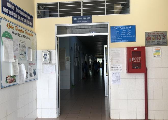 Nhóm người lạ vào trường bắt học sinh đi đánh đập dã man: Các đối tượng hung hãn nên không ai cản được - Ảnh 2.