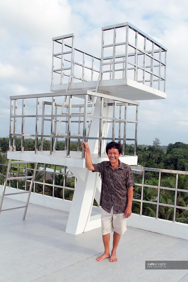 Một nông dân làm nghề nuôi lươn ở Vĩnh Long bỏ 5 tỷ xây căn nhà có hình dáng lạ - Ảnh 3.