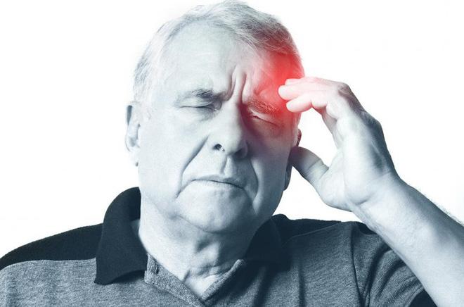 4 dấu hiệu sớm cảnh báo cơn đột quỵ sắp xảy ra: Người già hay trẻ đều nên cẩn thận - Ảnh 3.