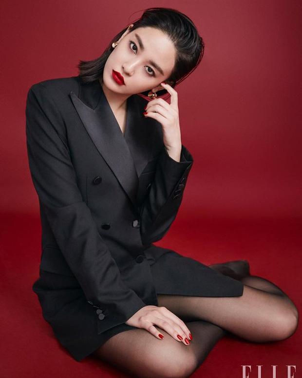 Nhan sắc dàn bạn gái quá hot của G-Dragon: Jennie át cả minh tinh Joo Yeon về độ sexy, 2 nàng thơ Nhật Bản khuynh đảo châu Á - Ảnh 25.