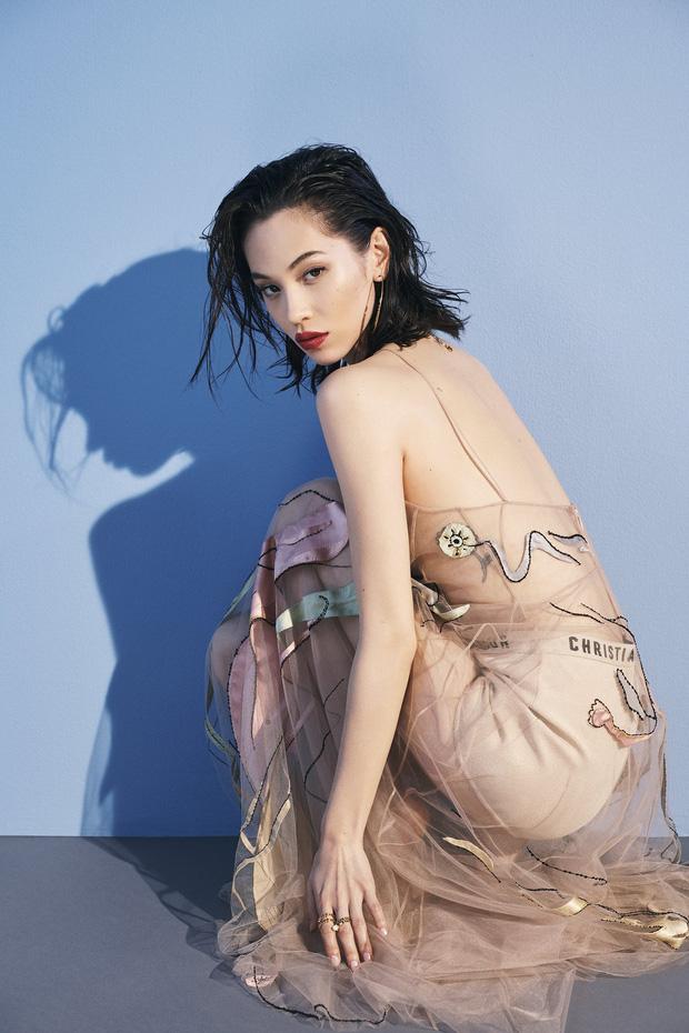 Nhan sắc dàn bạn gái quá hot của G-Dragon: Jennie át cả minh tinh Joo Yeon về độ sexy, 2 nàng thơ Nhật Bản khuynh đảo châu Á - Ảnh 4.