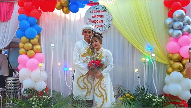 Một YouTuber đình đám của Việt Nam vừa cưới vợ, sính lễ vô cùng khác lạ nhưng cũng chưa gây chú ý bằng dàn phù rể - Ảnh 7.