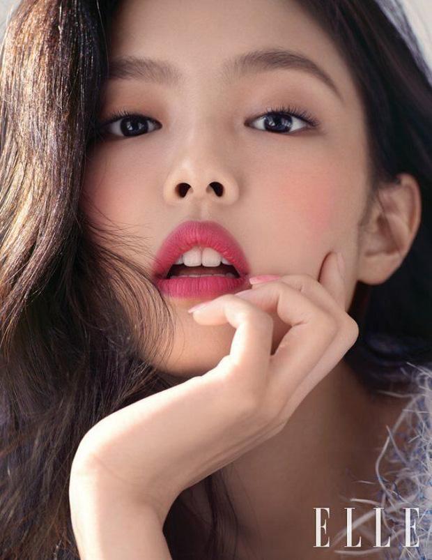 Nhan sắc dàn bạn gái quá hot của G-Dragon: Jennie át cả minh tinh Joo Yeon về độ sexy, 2 nàng thơ Nhật Bản khuynh đảo châu Á - Ảnh 35.