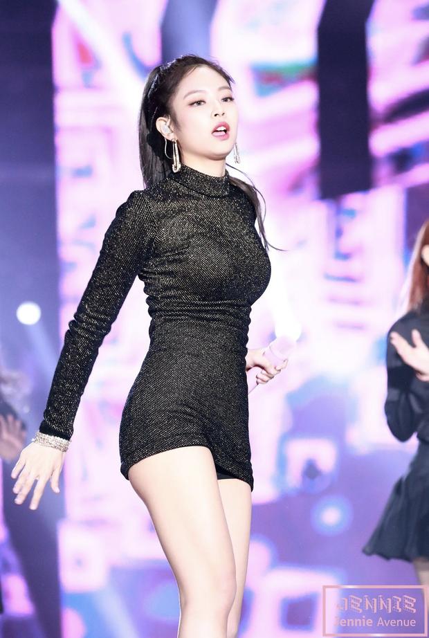 Nhan sắc dàn bạn gái quá hot của G-Dragon: Jennie át cả minh tinh Joo Yeon về độ sexy, 2 nàng thơ Nhật Bản khuynh đảo châu Á - Ảnh 40.