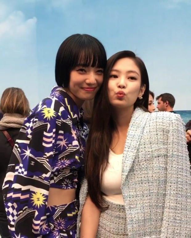 Nhan sắc dàn bạn gái quá hot của G-Dragon: Jennie át cả minh tinh Joo Yeon về độ sexy, 2 nàng thơ Nhật Bản khuynh đảo châu Á - Ảnh 41.