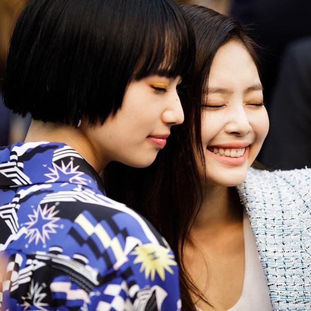 Nhan sắc dàn bạn gái quá hot của G-Dragon: Jennie át cả minh tinh Joo Yeon về độ sexy, 2 nàng thơ Nhật Bản khuynh đảo châu Á - Ảnh 43.