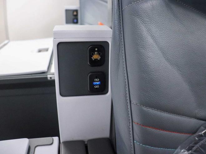 Bí mật ẩn sau 6 chiếc ghế luôn cháy vé của hãng hàng không Singapore Airlines - Ảnh 7.