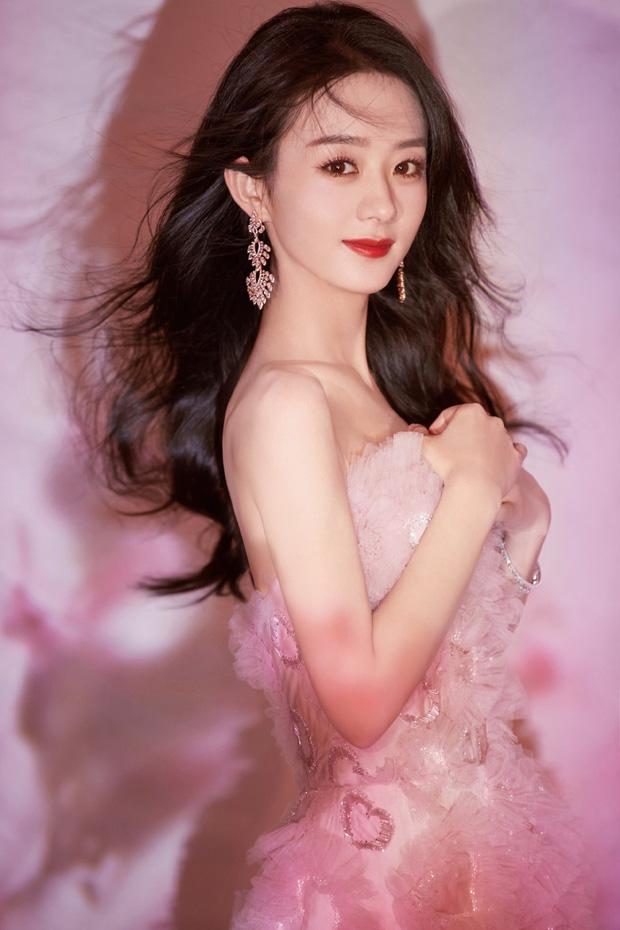Công bố 4 BXH sao Cbiz hot nhất năm 2020: Dương Tử, Dương Mịch và Triệu Lệ Dĩnh so kè khốc liệt, Vương Nhất Bác đại náo Weibo - ảnh 7