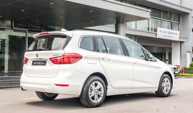BMW 218i hạ giá kỷ lục còn dưới 1 tỷ đồng: MPV 7 chỗ Đức bạt ngàn trang bị chỉ ngang giá Toyota Innova - Ảnh 7.