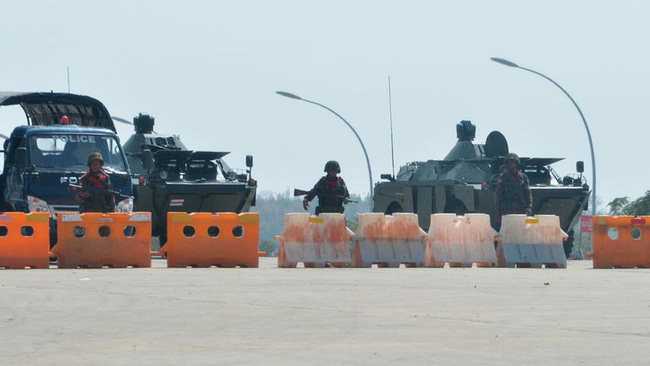 """Lầu Năm Góc """"bất lực"""", không thể liên hệ được với Quân đội Myanmar - Israel tuyên bố sẽ đánh Iran không cần Mỹ! - Ảnh 2."""