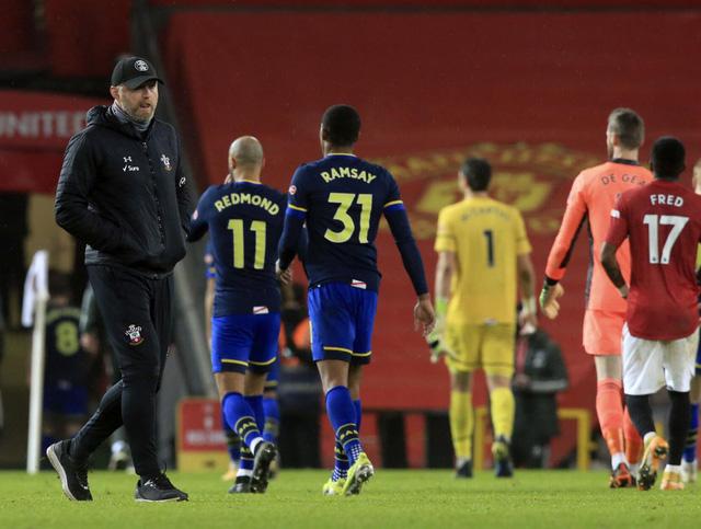 HLV Southampton thừa nhận sai lầm trong thảm bại 0-9 trước Man Utd - Ảnh 1.