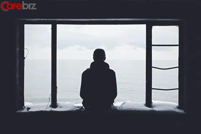 Dịch bệnh, làm việc online một mình và 5 bí mật kinh ngạc: Người trẻ tuổi cô đơn hơn người già - Ảnh 3.