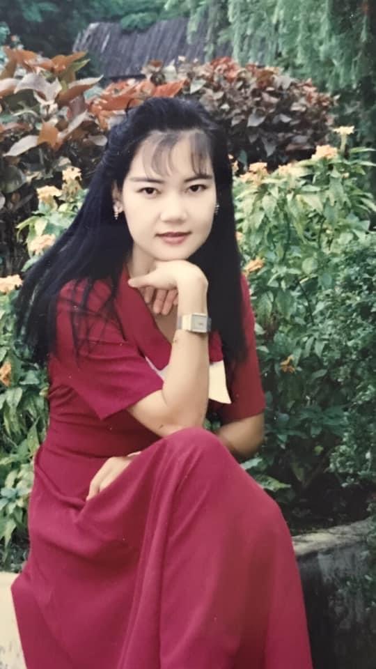 Khoe mẹ đẹp như hoa hậu, cô gái chia sẻ ảnh bà thời trẻ khiến dân mạng phải trầm trồ - Ảnh 8.
