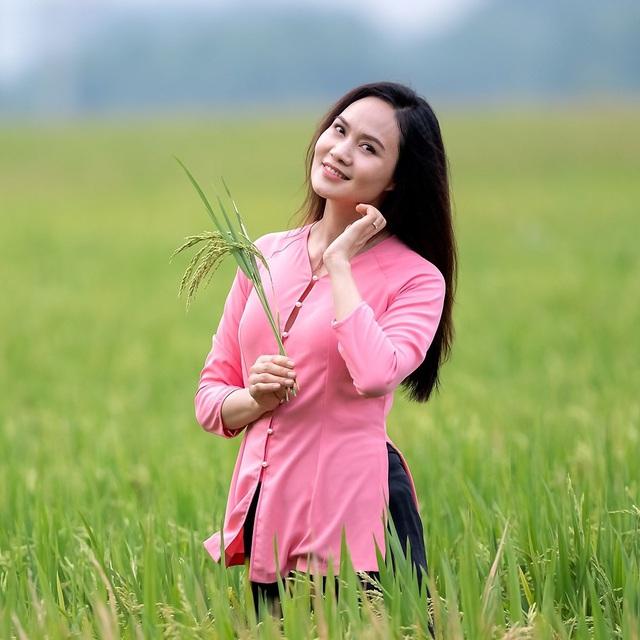 Nữ hoàng nhạc phim Việt Nam: Đẹp mặn mà ở tuổi 46, lấy chồng nổi tiếng lớn hơn 17 tuổi - Ảnh 9.