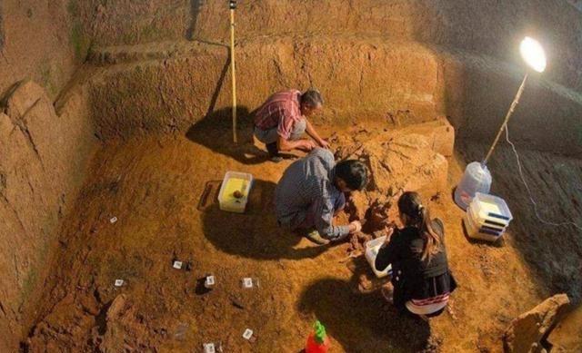 Lăng mộ ái nữ của Tần Thủy Hoàng: Tư thế bi thảm lúc chết chứng minh tội ác của người anh trai ruột - Ảnh 5.