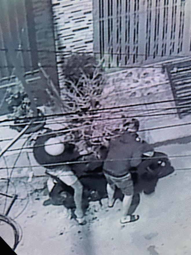 Hải Băng, Thành Đạt bức xúc vì bị trộm cây mai 50 triệu đồng - Ảnh 4.