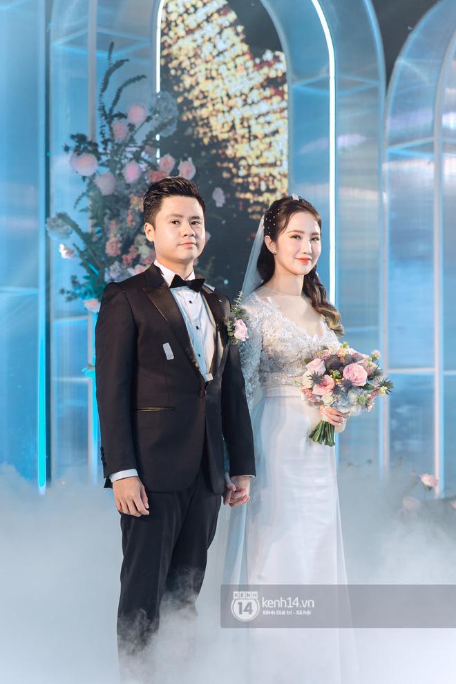 Vợ Phan Thành khoe nhẹ một góc biệt phủ, dân tình tò mò không biết Tết hào môn khác gì bình thường - Ảnh 1.