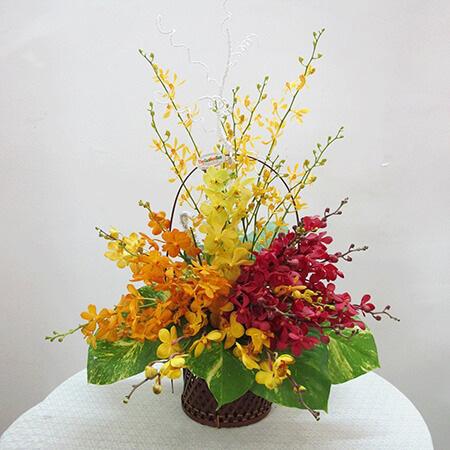 5 loại hoa cắm bàn thờ dịp Tết hút tài lộc, may mắn trong năm mới - Ảnh 7.