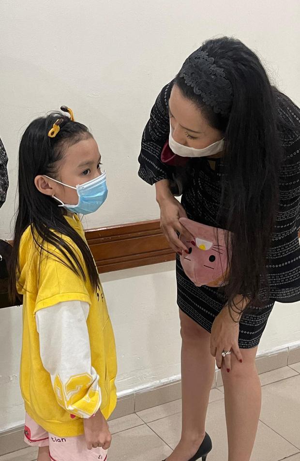 NS Trịnh Kim Chi công bố đã kêu gọi được hơn 270 triệu giúp đỡ NS Thương Tín, con gái vừa đến thăm bố ở bệnh viện - Ảnh 2.
