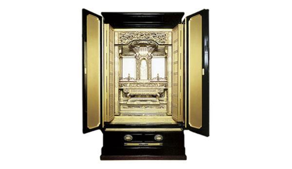 Kỹ thuật đóng bàn thờ Phật siêu đẳng của người Nhật: Không cần 1 chiếc đinh, thứ kim loại duy nhất được dùng là vàng! - Ảnh 1.