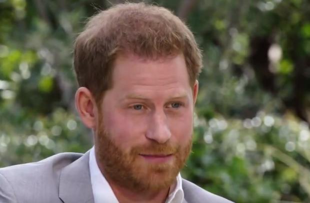Hoàng tử Harry gây sốc khi lần đầu đích thân nói về lý do rời bỏ Hoàng gia Anh có liên quan đến Meghan Markle trong buổi phỏng vấn 1 lần kể hết - Ảnh 4.