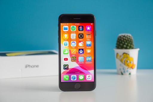 Có 10 triệu, chọn smartphone nào hợp lý nhất?  - Ảnh 1.