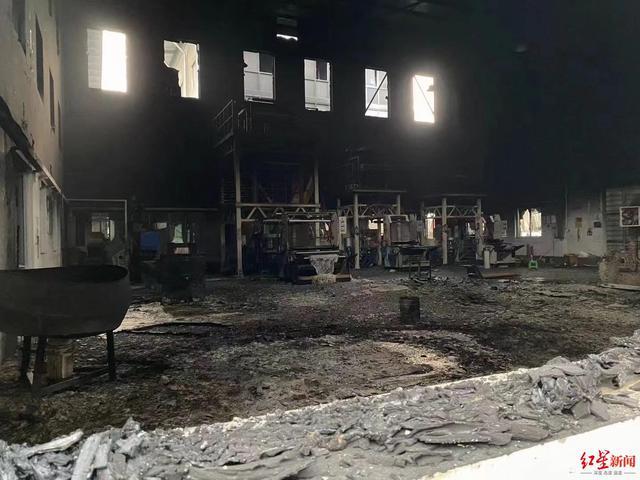 Hé lộ tin nhắn về đòn thù khủng khiếp: Một dân thường Myanmar bị giết là một nhà máy Trung Quốc ra tro - Ảnh 1.