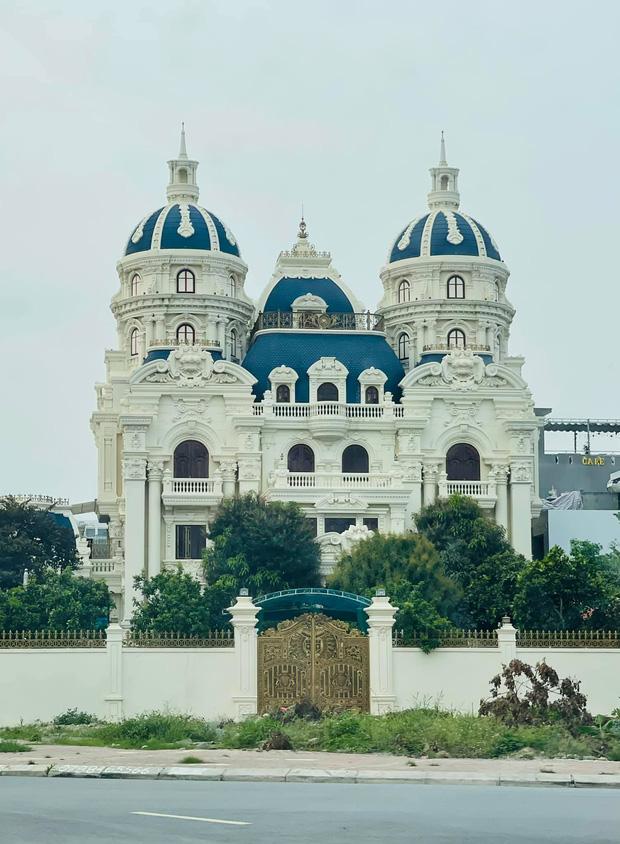 Choáng ngợp với loạt siêu lâu đài, biệt thự khủng ở đất cảng Hải Phòng - Ảnh 2.