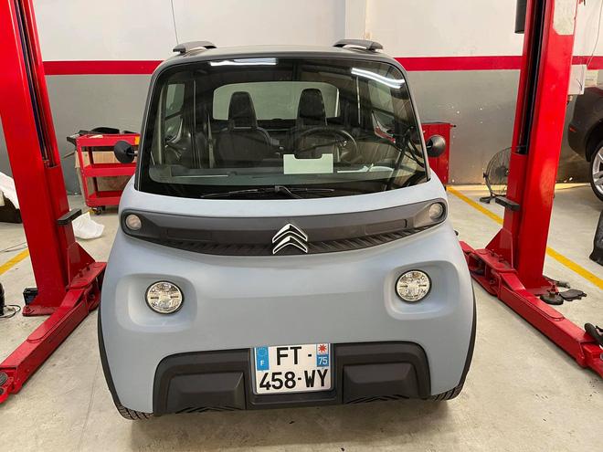 Citroen Ami đầu tiên về Việt Nam: Xe điện đô thị thiết kế lạ, 2 chỗ, giá quy đổi hơn 150 triệu đồng - Ảnh 2.