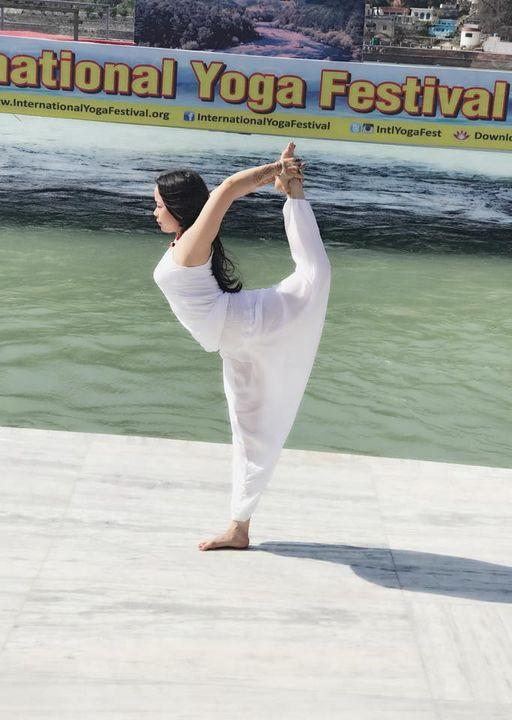Cô gái vàng Yoga VN tiết lộ thời điểm thần thánh nên tập Yoga, 5 giải pháp để làm mới thân và tâm - Ảnh 5.
