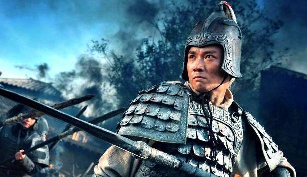Bỏ 200.000 NDT mua bội kiếm Triệu Tử Long - Chuyên gia bất ngờ: Tuy là hàng giả nhưng giá trị vượt xa hàng thật - Ảnh 3.