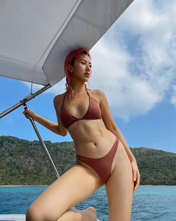 Quỳnh Anh Shyn thay hẳn 2 bộ bước vào đại chiến bikini nhưng pose hơi cồng kềnh và đau lưng thì phải - Ảnh 10.