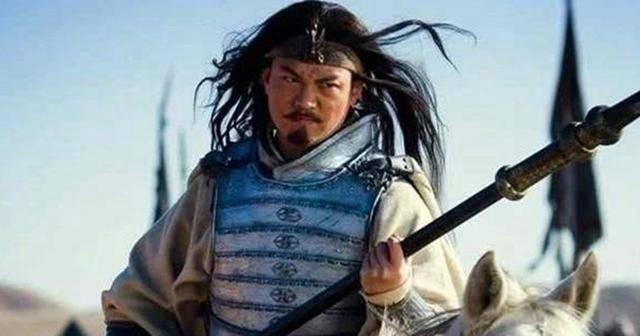 Quan Vũ thua trận phải tháo chạy về Mạch Thành, đi qua đất phong của Mã Siêu, tại sao Mã Siêu lại không ra tay cứu giúp? - Ảnh 4.
