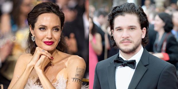 """Tranh cãi chuyện tình của Angelina Jolie hậu ly hôn: Hẹn hò đồng tính, bị nghi là Tuesday phá hoại gia đình """"Thor"""" và Johnny Depp? - ảnh 2"""