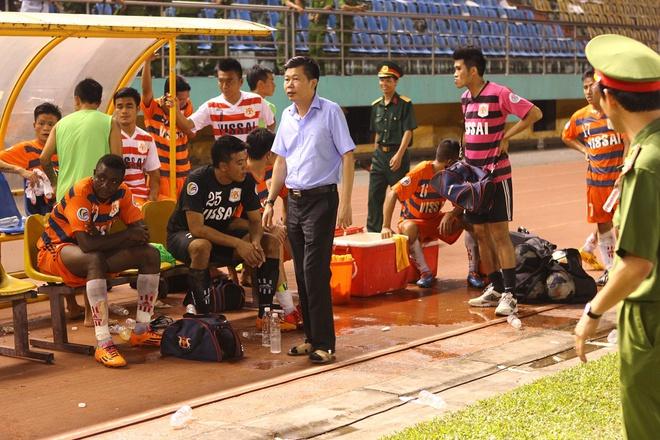 Nhìn đế chế Trung Quốc sụp đổ lại toát mồ hôi khi nhớ thời hỗn loạn của bóng đá Việt Nam - Ảnh 3.