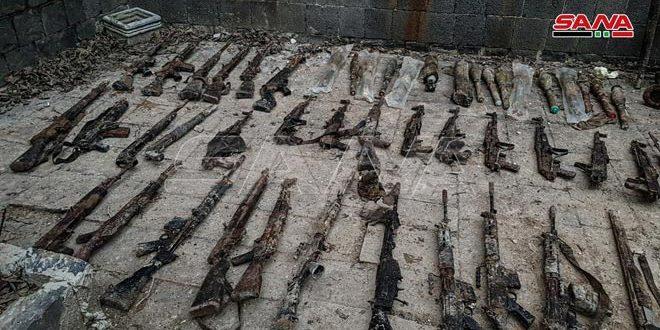 Xe QS Ukraine nổ tung, lính bắn tỉa Nga tung hoành ở Donbass - Mỹ chi viện bằng rác thải quân sự? - Ảnh 1.