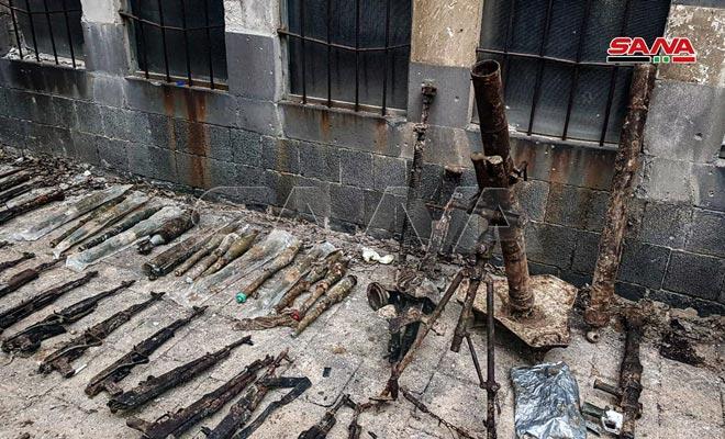 Xe QS Ukraine nổ tung, lính bắn tỉa Nga tung hoành ở Donbass - Mỹ chi viện bằng rác thải quân sự? - Ảnh 3.