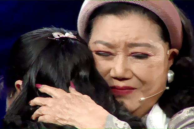 NSND Kim Cương tìm được con thất lạc sau 45 năm bị nữ y tá mang đi, cảnh đoàn tụ đẫm nước mắt - ảnh 3
