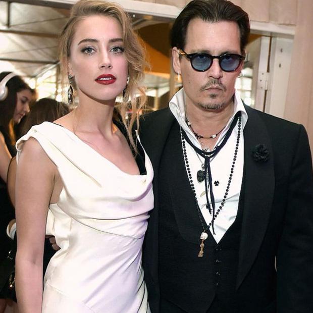 """Tranh cãi chuyện tình của Angelina Jolie hậu ly hôn: Hẹn hò đồng tính, bị nghi là Tuesday phá hoại gia đình """"Thor"""" và Johnny Depp? - ảnh 3"""