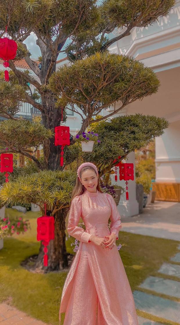 Minh Hằng dành 17 năm thanh xuân để lột xác: Từ bé Heo bị netizen tố phẫu thuật hỏng đến visual nữ thần gây bão xứ Trung - Ảnh 23.