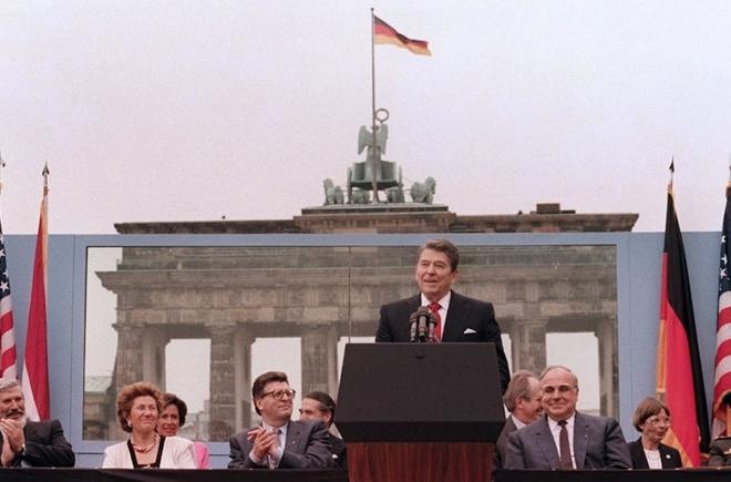 Vai trò thực sự của Reagan trong việc chấm dứt Chiến tranh Lạnh - Ảnh 2.