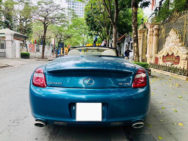 Sau 14 năm, 'xe chơi' một thời Lexus SC 430 vẫn giữ giá đắt ngang VinFast Lux A2.0 bản tiêu chuẩn - Ảnh 3.