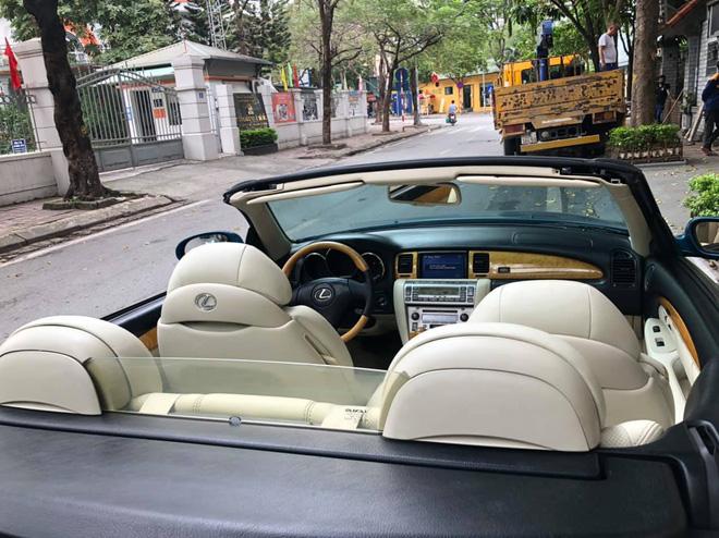 Sau 14 năm, 'xe chơi' một thời Lexus SC 430 vẫn giữ giá đắt ngang VinFast Lux A2.0 bản tiêu chuẩn - Ảnh 7.