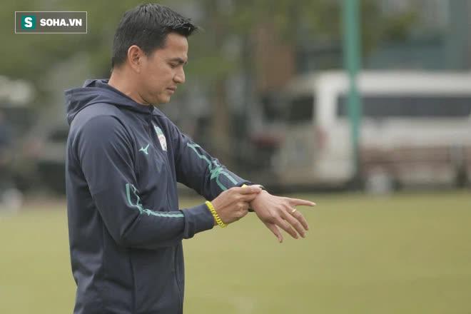 Kiatisuk không muốn lấy Thái Lan ra so sánh, tuyên bố muốn V.League biết HAGL là thế nào - Ảnh 1.