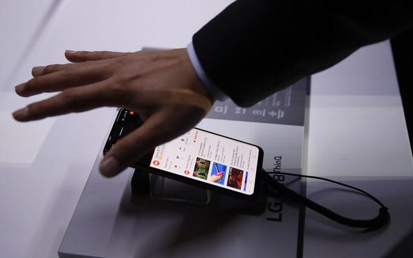 Đàm phán bán mình cho Vingroup thất bại, LG tính đóng luôn mảng điện thoại di động - Ảnh 1.