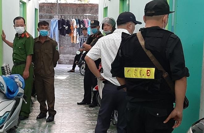 Thu 4 khẩu súng, 60 viên đạn khi bắt băng nhóm tội phạm ở Tiền Giang - Ảnh 1.
